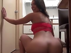Italian Phat Ass Milky Girl Maria Jade Wants You