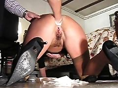 Inexperienced Assfuck Fist-fucking In The Bedroom