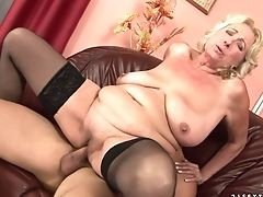 Matures Finds Man Hot And Takes His Hard Worm In Her Mouth