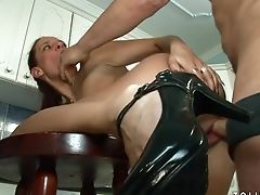 Nubile Is Nosey About Oral Orgy With Horny Dude