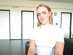 Bestie Scarlet Chase Doesn't Mind Sucking A Big Shaft And Permits To Intrude Her Cooch