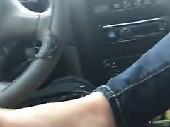 Fledgling Car Footjob